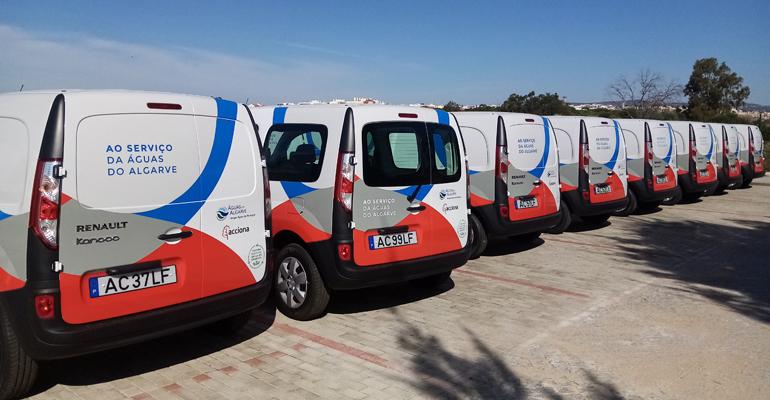 acciona-vehiculos-sostenibles-gestion-sanamiento-algarve-portugal