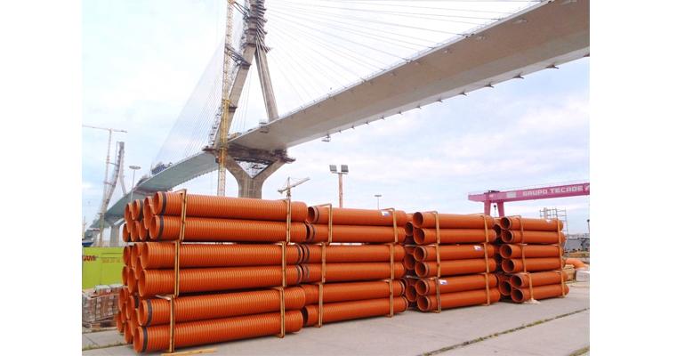 adequa-fabrica-red-tuberias-accesorios-puente-cadiz