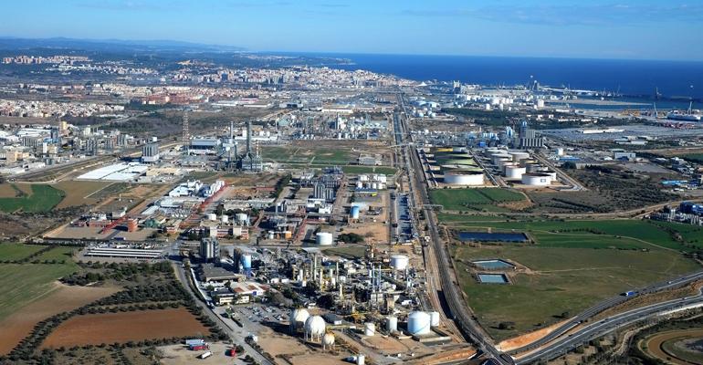 Aqualia construirá y gestionará durante 5 años la depuradora del polígono petroquímico de Tarragona
