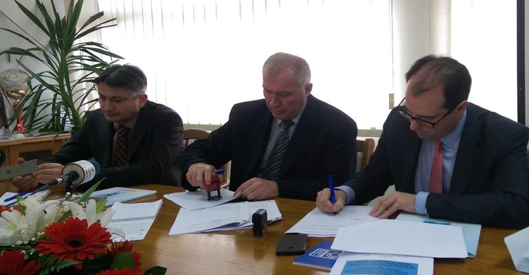 aqualia-contrato-serbia
