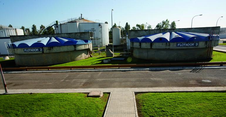 Olores en EDAR: evaluación de la emisión y regeneración del carbón adsorbente con reutilización en desodorización