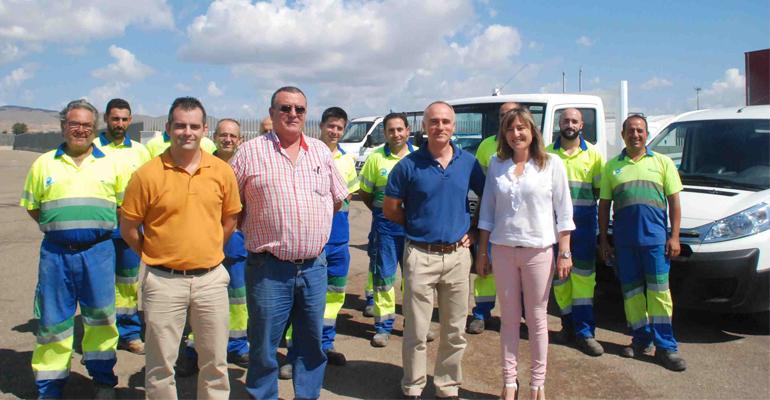 ayuntamiento-nijar-emanagua-presentan-vehiculos-servicio-municipal-aguas