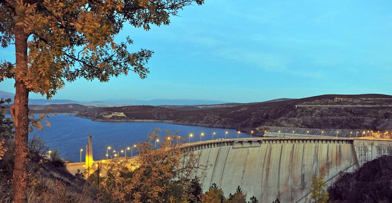 canal-isabel-dia-medio-ambiente-cuidar-agua-presa