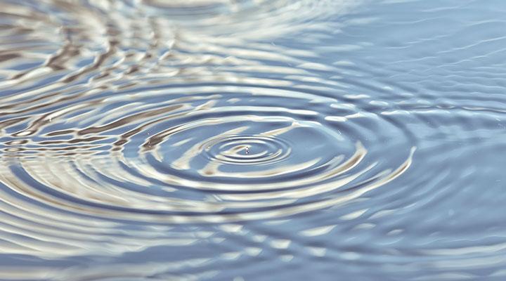 Gota de agua, empresas ENAC garantizan objetivos de reutilización en economía circular