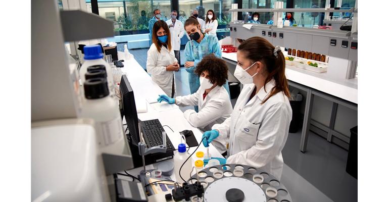 golab-laboratorio-referencia-covid-visita-consellera-valencia