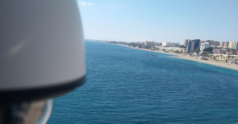 Vista de la costa de Roquetas de Mar, que tiene episodios de espumas en sus aguas litorales
