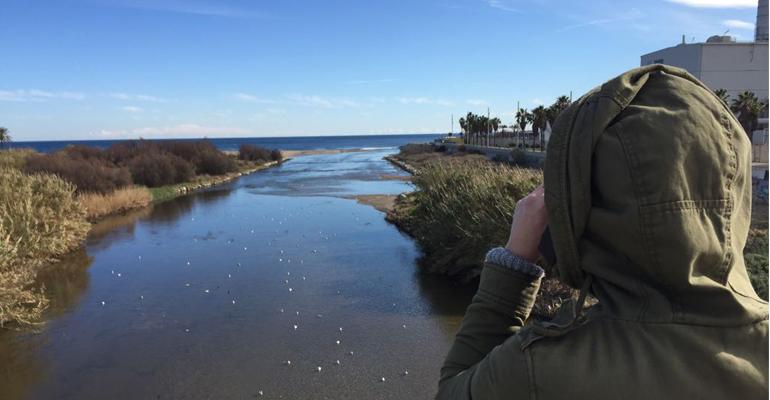 Un estudio revela que los ríos Llobregat y Besòs vierten al mar media tonelada de plástico al año
