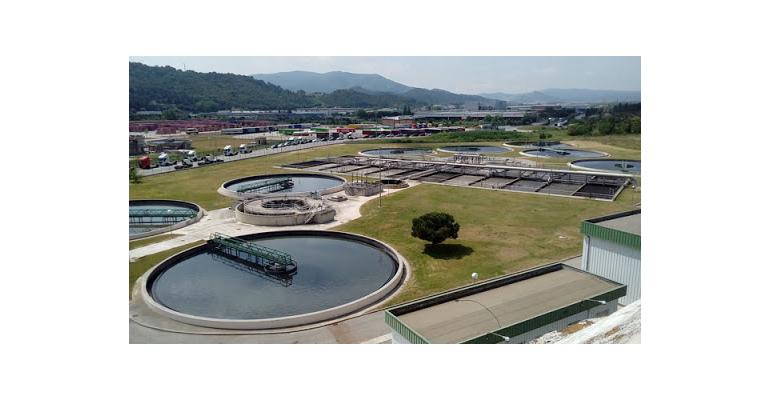 Sistema de saneamiento y depuración en la cuenca fluvial del Besòs