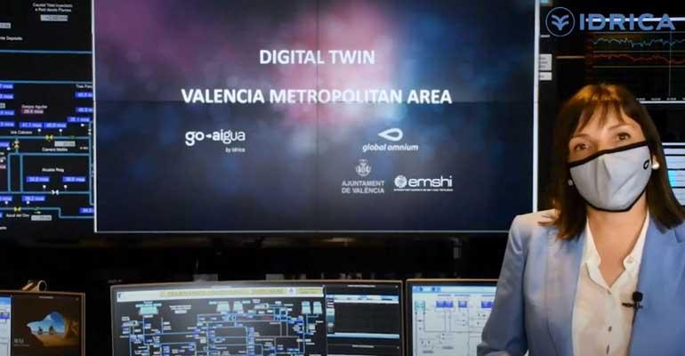 Pilar Conejos, de Global Omium, hablando sobre gemelos digitales en colaboración con The Water Action