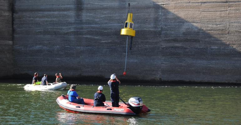 imdea-agua-proyecto-cianomod-boyas-inteligentes-monitorizacion-algas
