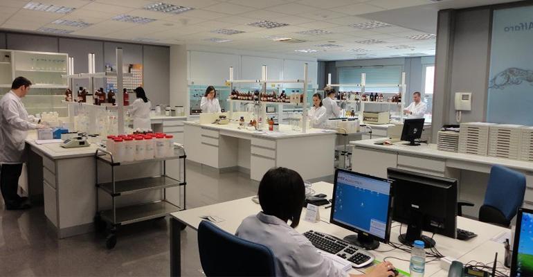 laboratorios-alfaro-recibe-sello-pyme-innovadora