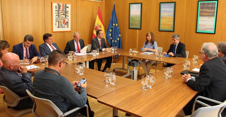 mapama-reunion-asociaciones-empresarias-pacto-nacional-agua