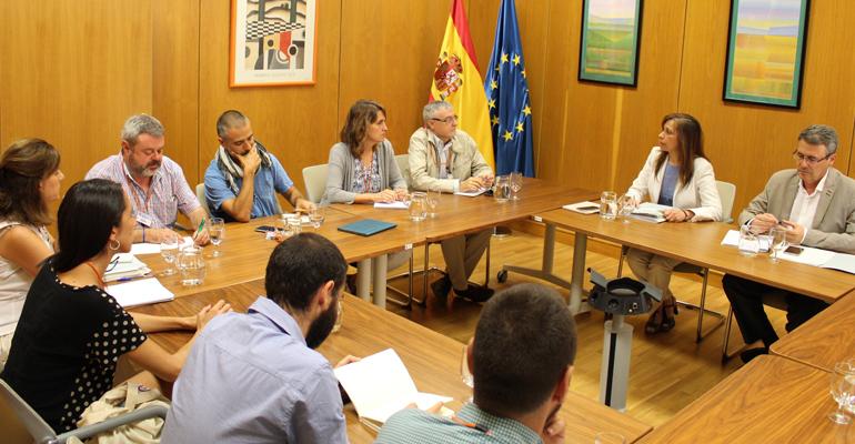 mapama-reuniones-ecologistas-pacto-nacional-agua