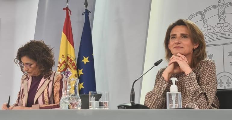 La ministra del Miteco, Teresa Ribera, ha presentado el primer paquete de medidas de inversión que incluye dotaciones para saneamiento y depuración