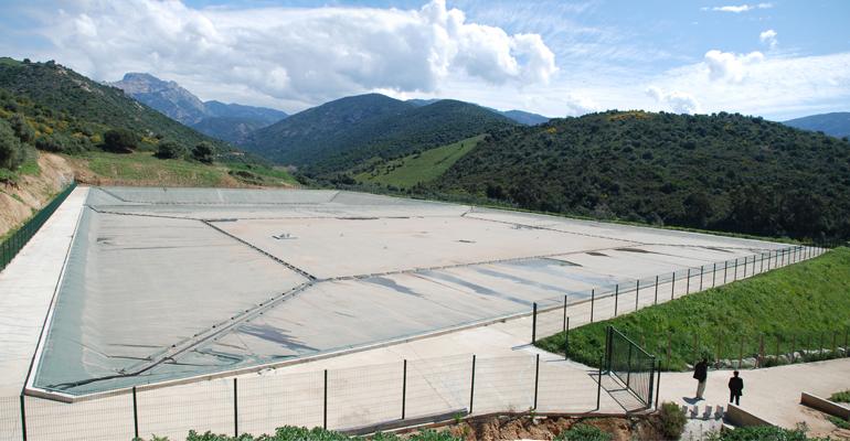 renolit-impermeabilizacion-embalse-agua-potable